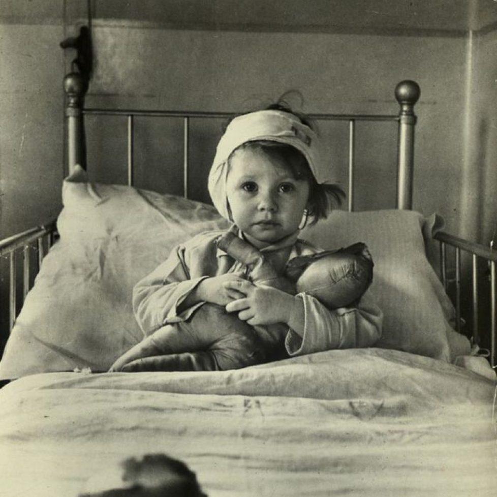 Children with Dolls 13 1