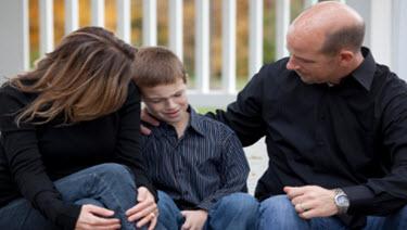 child_sad_divorce_steps